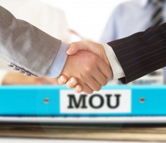 US Nonprofits: MOUs vs. Legal Contracts - Featured Photo