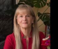 Pamela Davis: Nonprofit Insurance Expert and Trailblazing Leader - Featured Photo